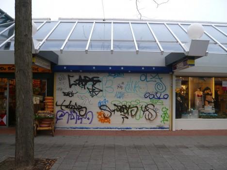 abandoned-lingerie-shops-4a