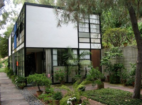 midcentury modern eames house 1