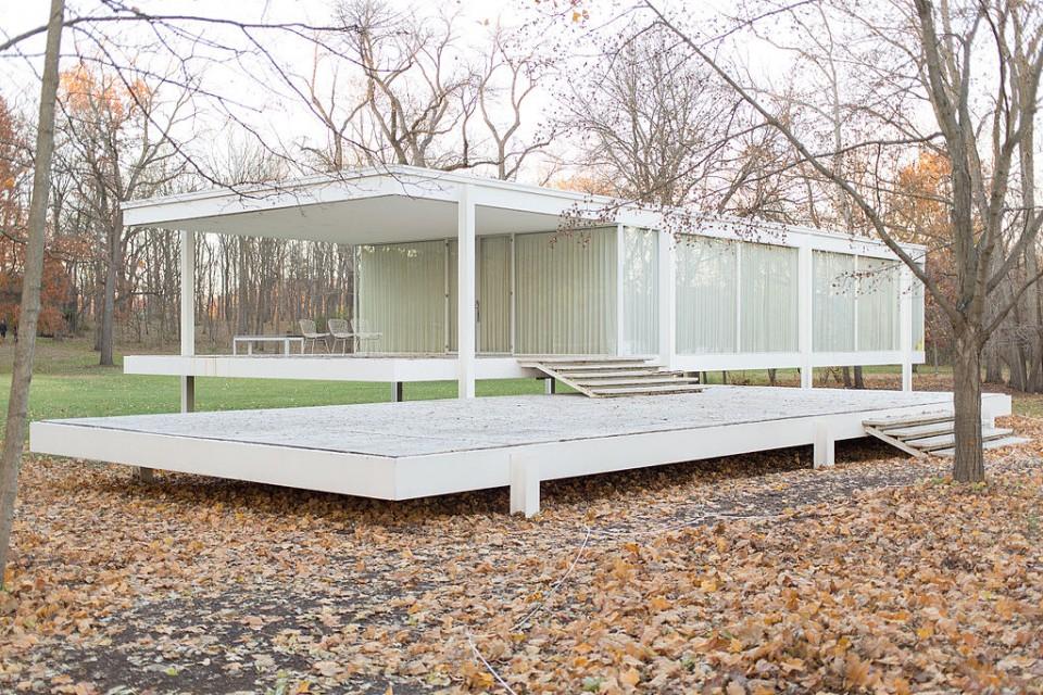 midcentury modern farnsworth house