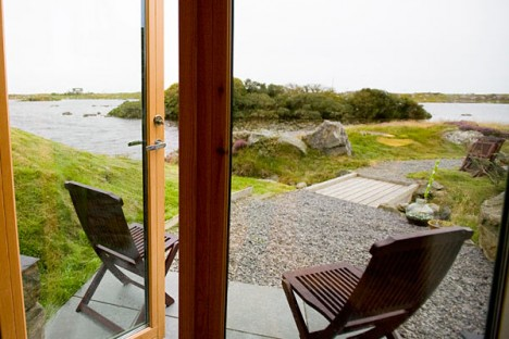 modern hobbit house hebridean 2