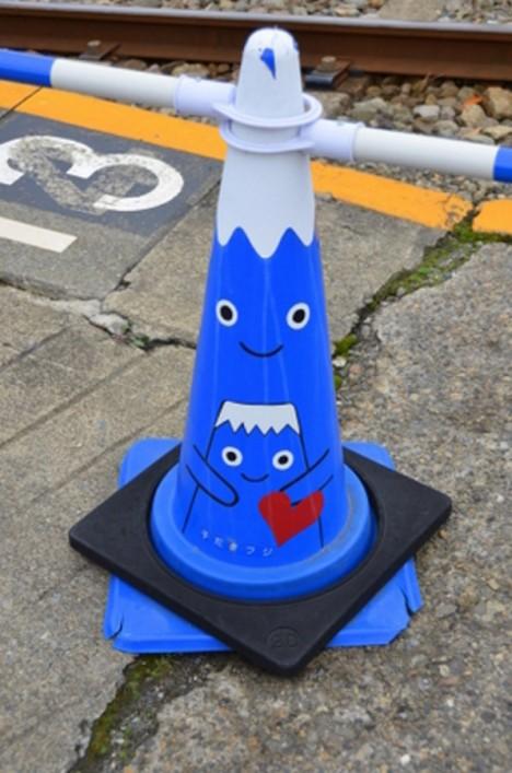 safety-cones-1b