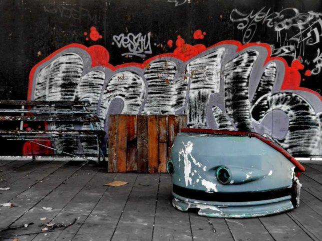 abandoned-theme-park-10b