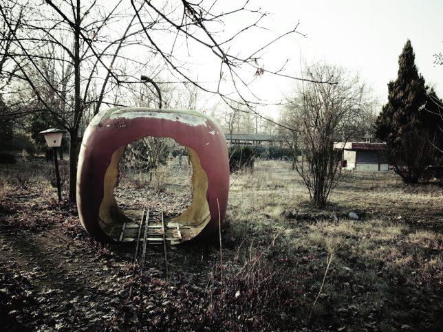 abandoned-theme-park-12d
