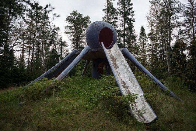 abandoned-theme-park-13c