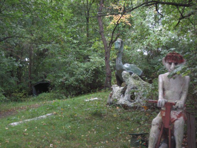 abandoned-theme-park-3f