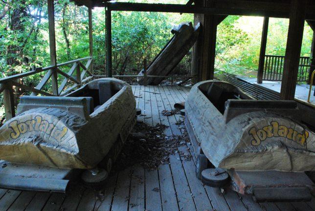 abandoned-theme-park-6a