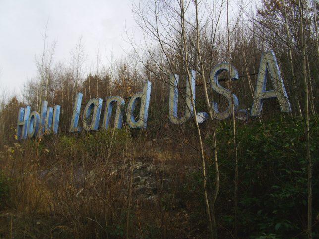 abandoned-theme-park-7a
