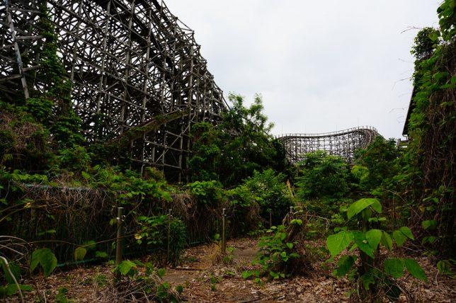 abandoned-theme-park-8c