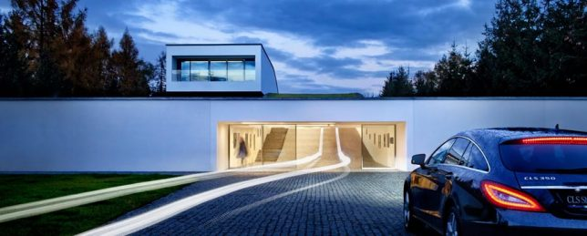 Auto Family House By KWK Promes