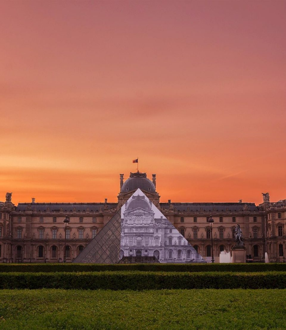 louvre pyramid camouflage 2