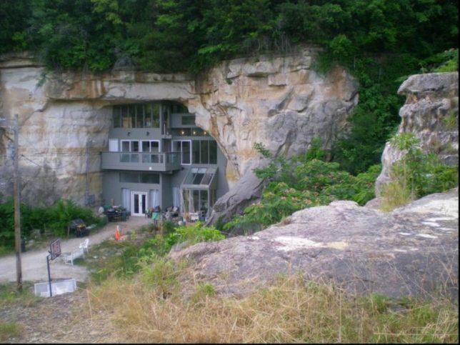 modern houses cave montana