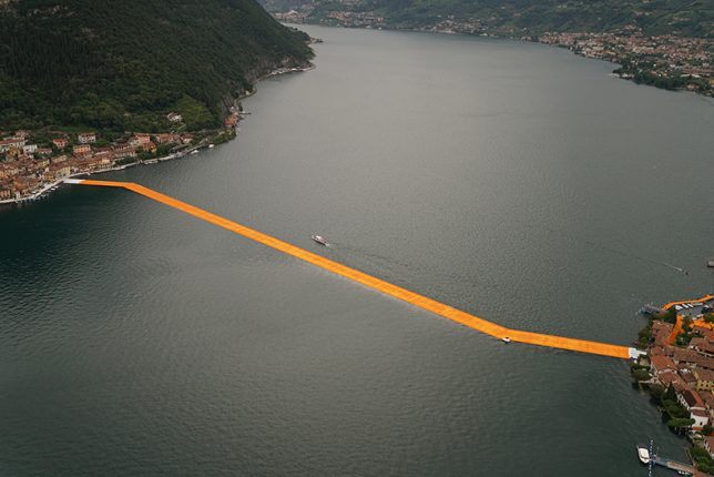 christo floating path