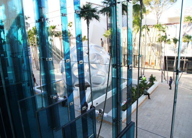 facades blue glass 2