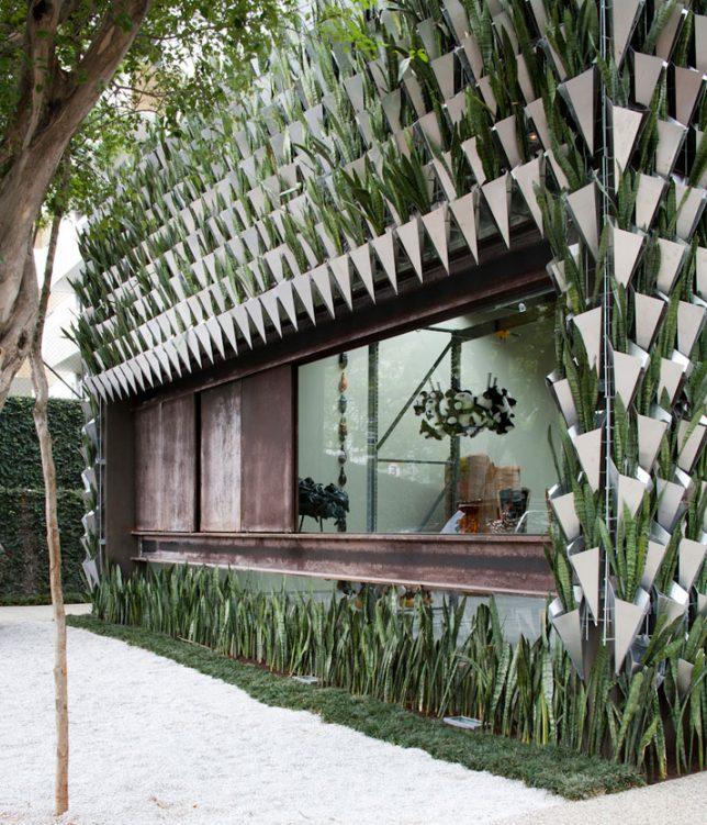 facades geometric planter 1