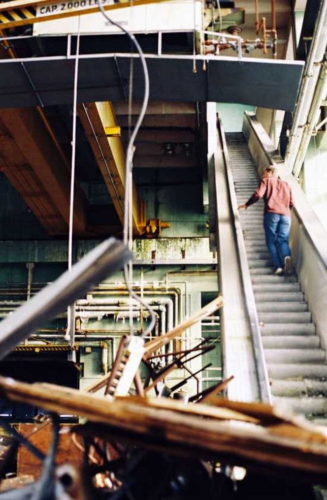 abandoned_escalator_6b