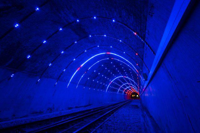 tunnel LED 2