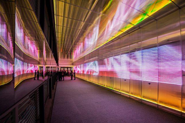 tunnel pixels crossing 3