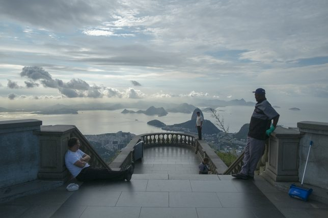 Photographer Captures The World's Greatest Monuments - The Wrong Way Round