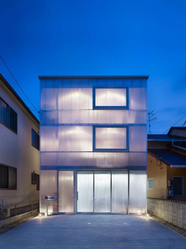wrap facade glowing house 1