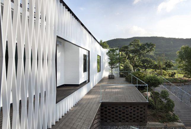 wrap facade lattice 3