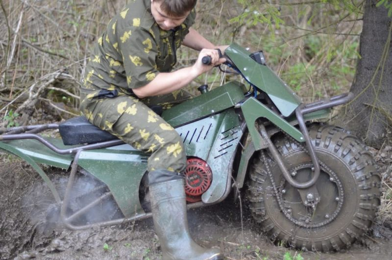 Amphibious Folding Motorcycle From Russia Fits In The Trunk Of A