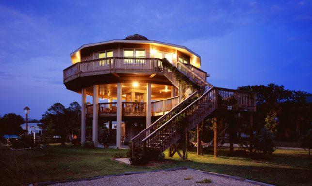 modern round house