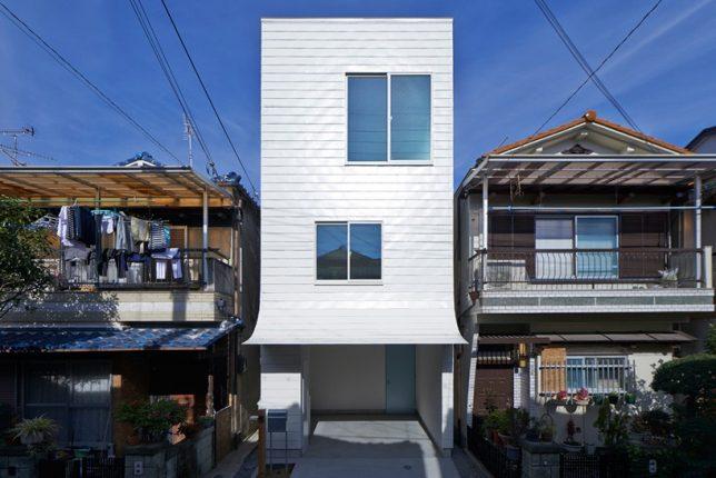 peeling facade 2