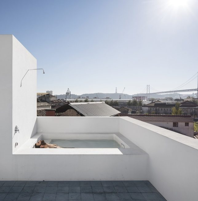 rooftop oasis bath