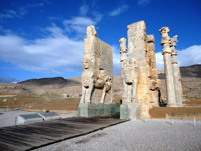 ancient-statues-lamassu-2
