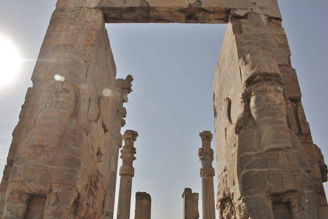 ancient-statues-lamassu