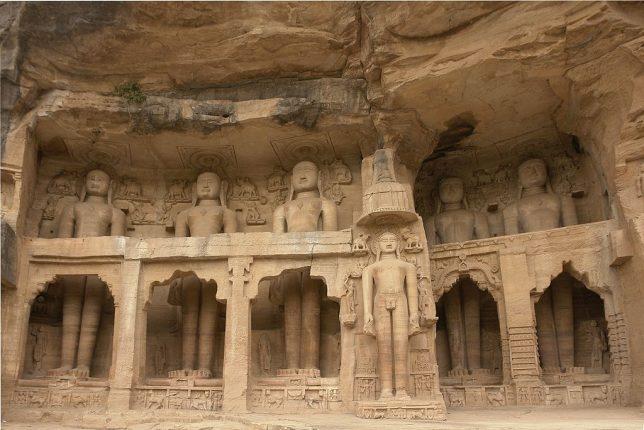 ancient-statues-tirthankara
