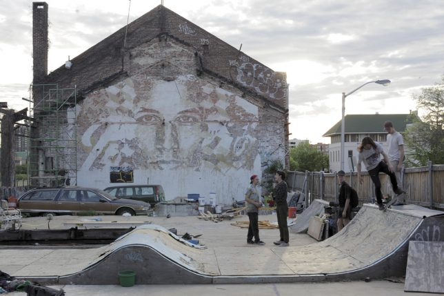 vhils scratched mural 8