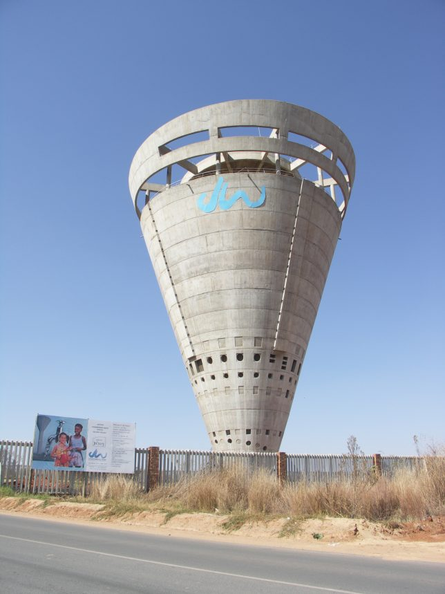 water-tanks-towers-4