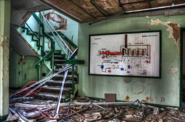 abandoned-battery-factory-4c