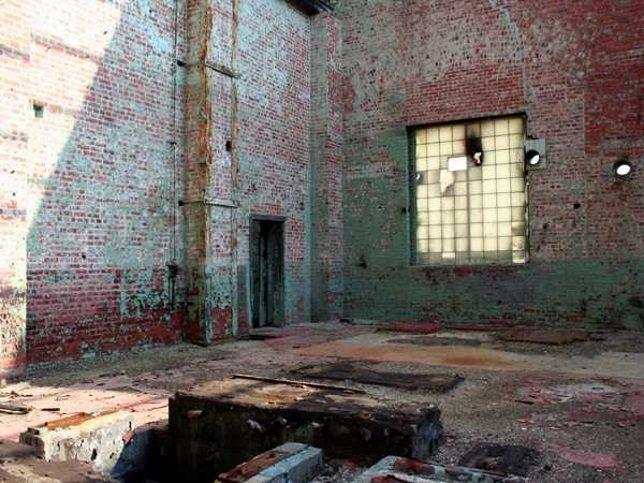 abandoned-battery-factory-6b