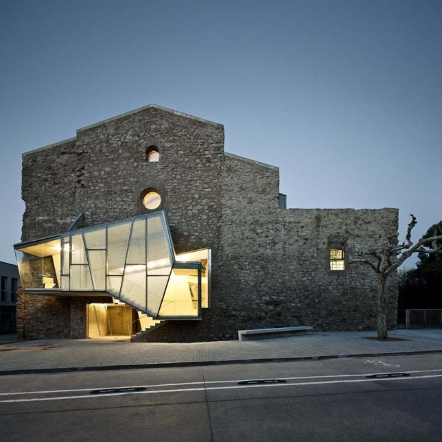 architecture-intervention-convent-644x644.jpg