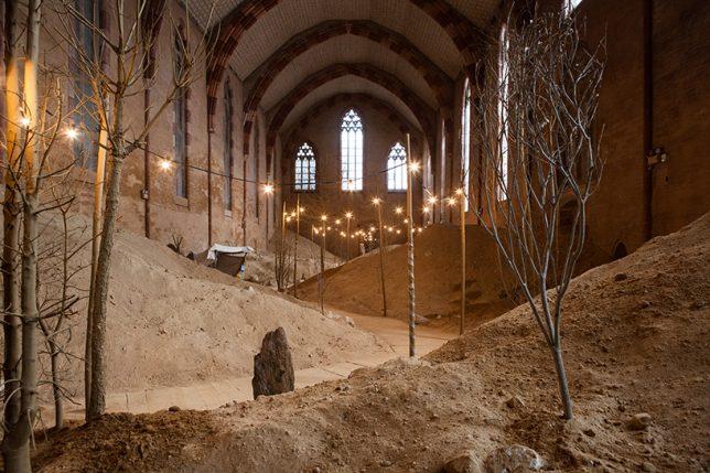 art-church-installation