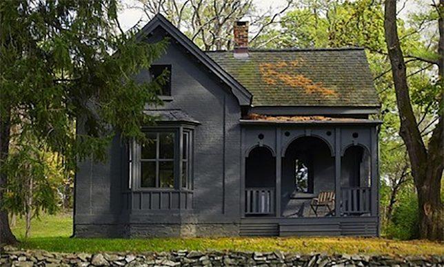 black-houses-rhinebeck