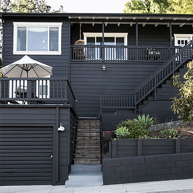 Black Houses Sf 2