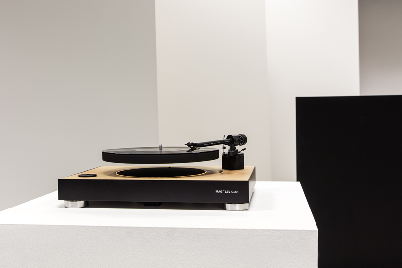 floating-record-turntable