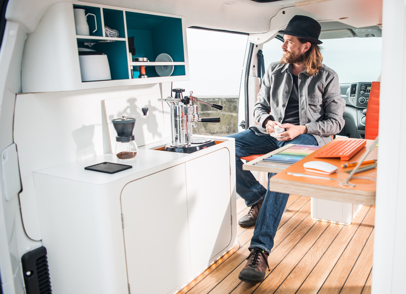 World s first all electric mobile office built into a nissan van urbanist - The mobile office working on two wheels ...