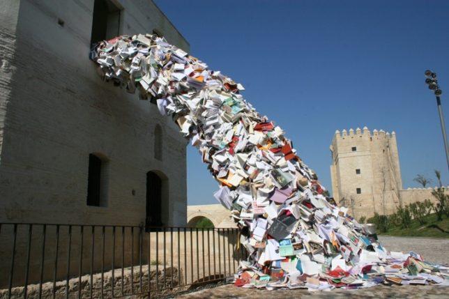 parasitic-art-books-1