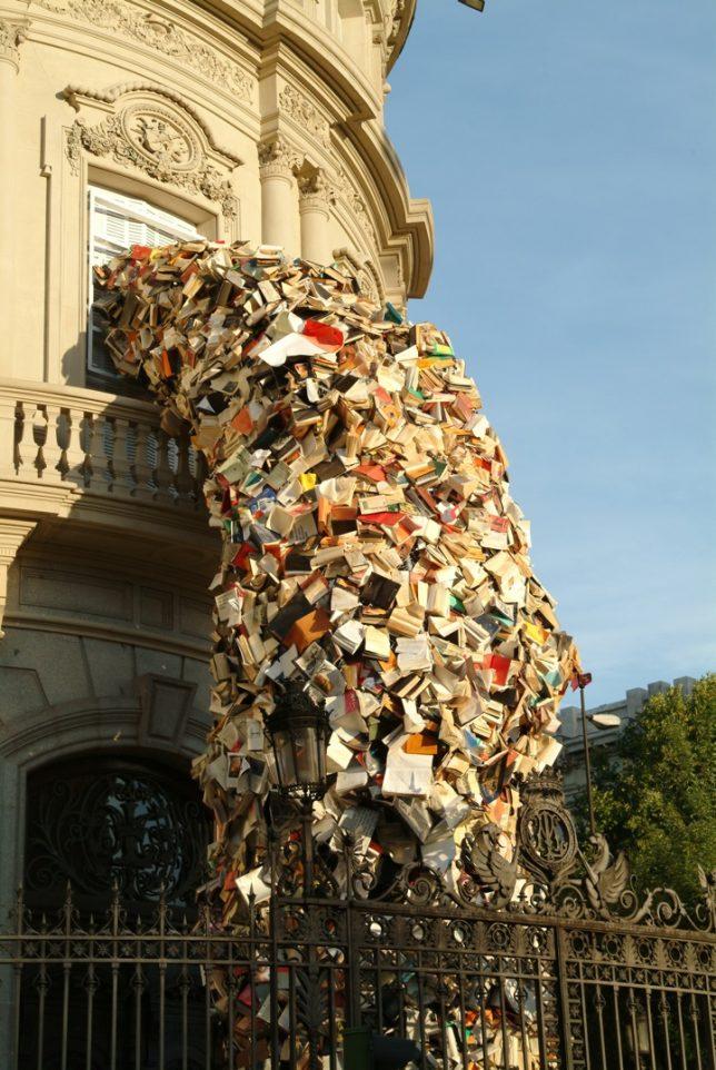 parasitic-art-books-2