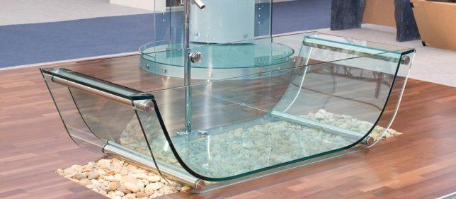 transparent-bath-tub-2