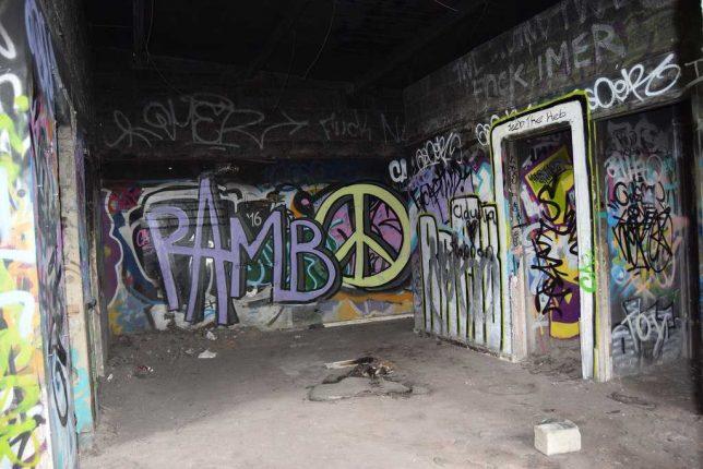 abandoned-driving-range-1b