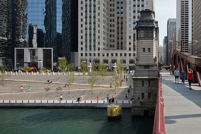 chicago-riverwalk-3