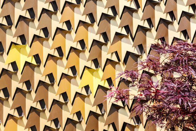facades-leaf-2