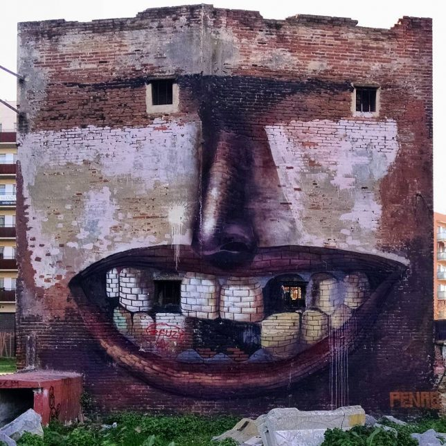 interactive-street-art-toothless-1