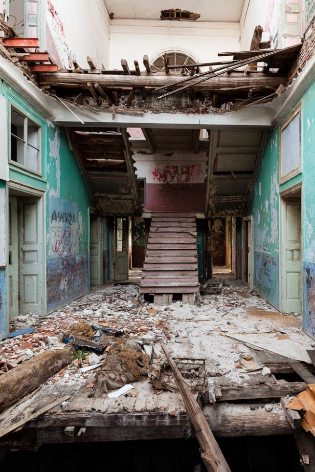 more-abandoned-orphanages-7b