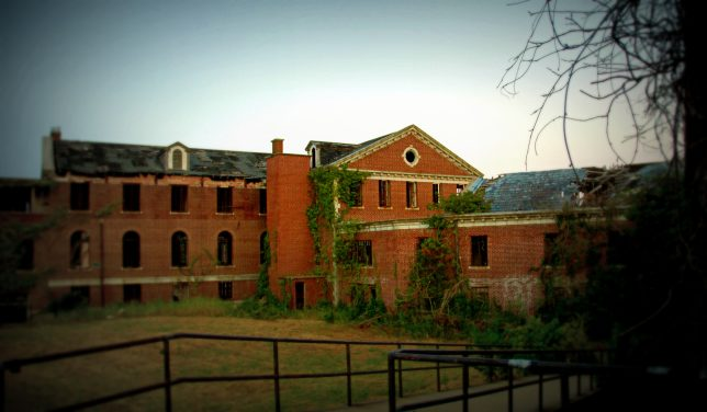 more-abandoned-orphanages-9a